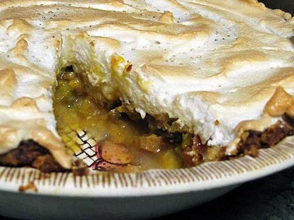 Real Good Rhubarb Pie